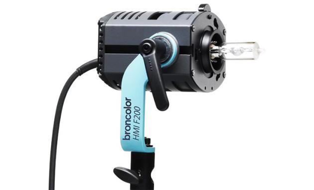 HMI-F200-Continous-Light-Bronocolor